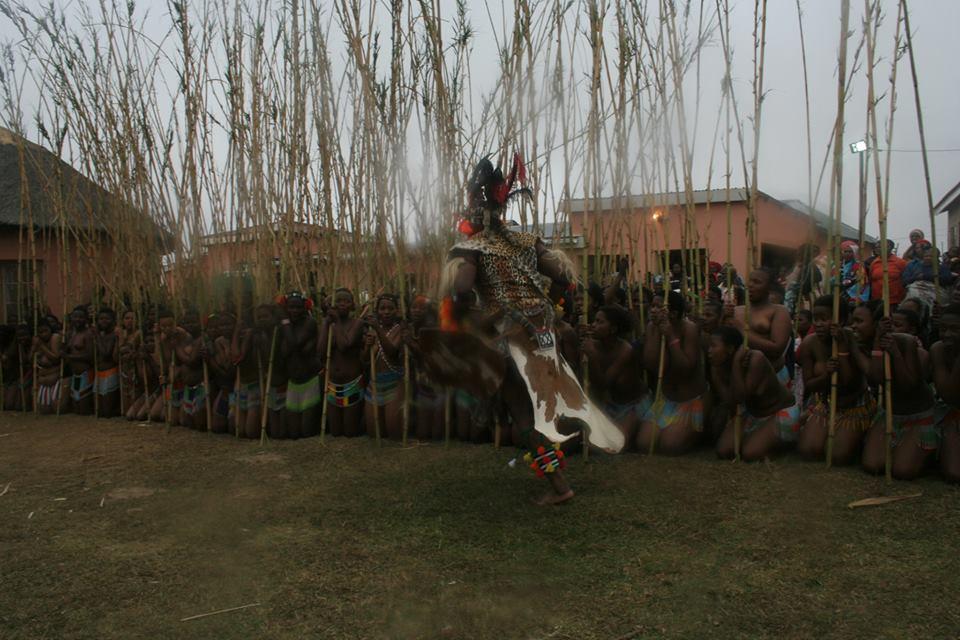 Umkhosi wokukhahlela – Bhaca Royal Reed ceremony – Elundzini Royal Residence, KwaBhaca (20) – Bhaca Maidens