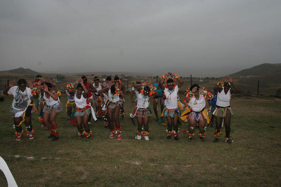 Umkhosi wokukhahlela – Bhaca Royal Reed ceremony – Elundzini Royal Residence, KwaBhaca (31)