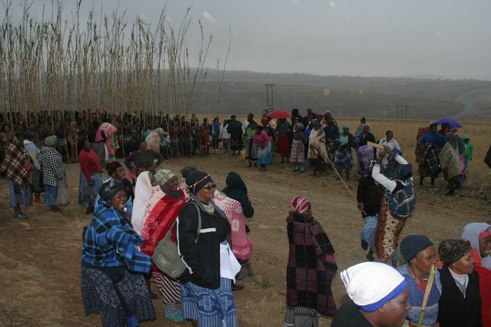 Umkhosi wokukhahlela – Bhaca Royal Reed ceremony – Elundzini Royal Residence, KwaBhaca (48)